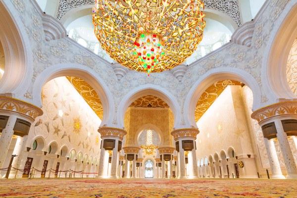 Sheikh Zayed Grand Mosque-Abu Dhabi City Tour from Dubai 1