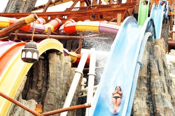 Yas Island Waterpark Tour from Dubai  2