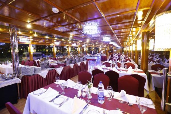 Dhow Cruise Dinner-Dubai Combo Tours